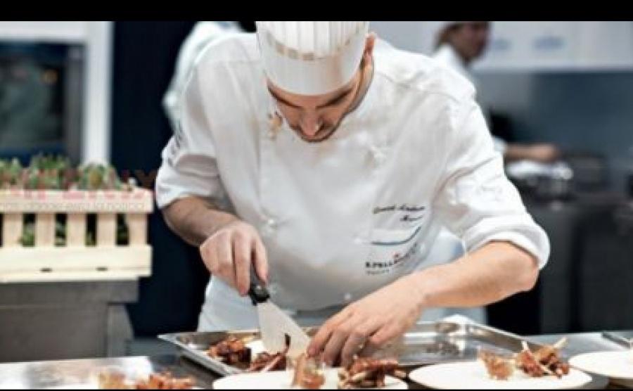2 de agosto día nacional del trabajador hotelero-gastronómico